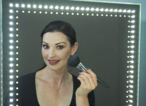 Video Natural Look to Night Time Glamour
