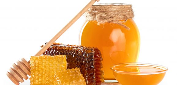 Love The Amazing Benefits Of Natural Honey!